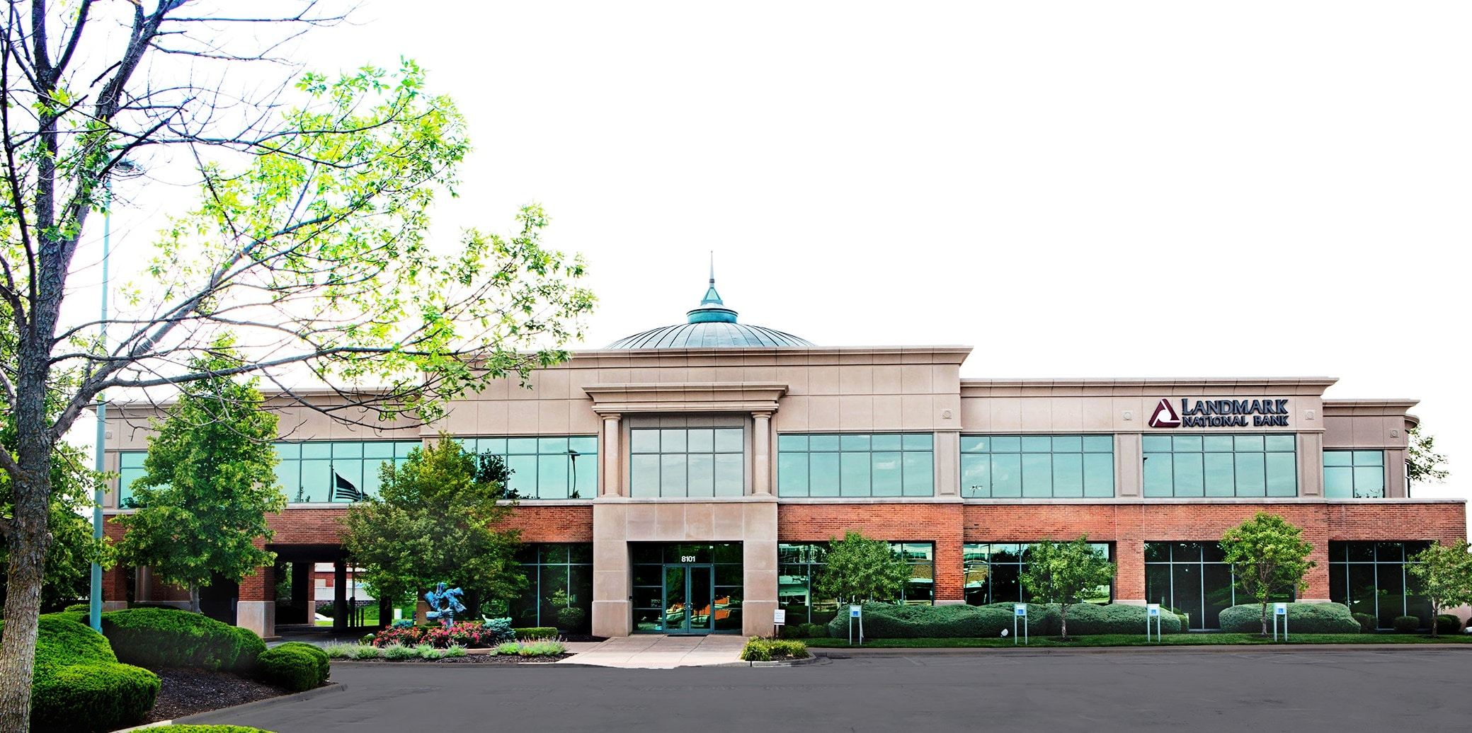 View of Overland Park bank building